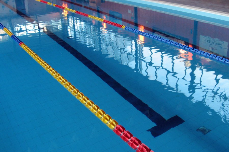 La piscina photo gallery - Piscina peschiera borromeo ...